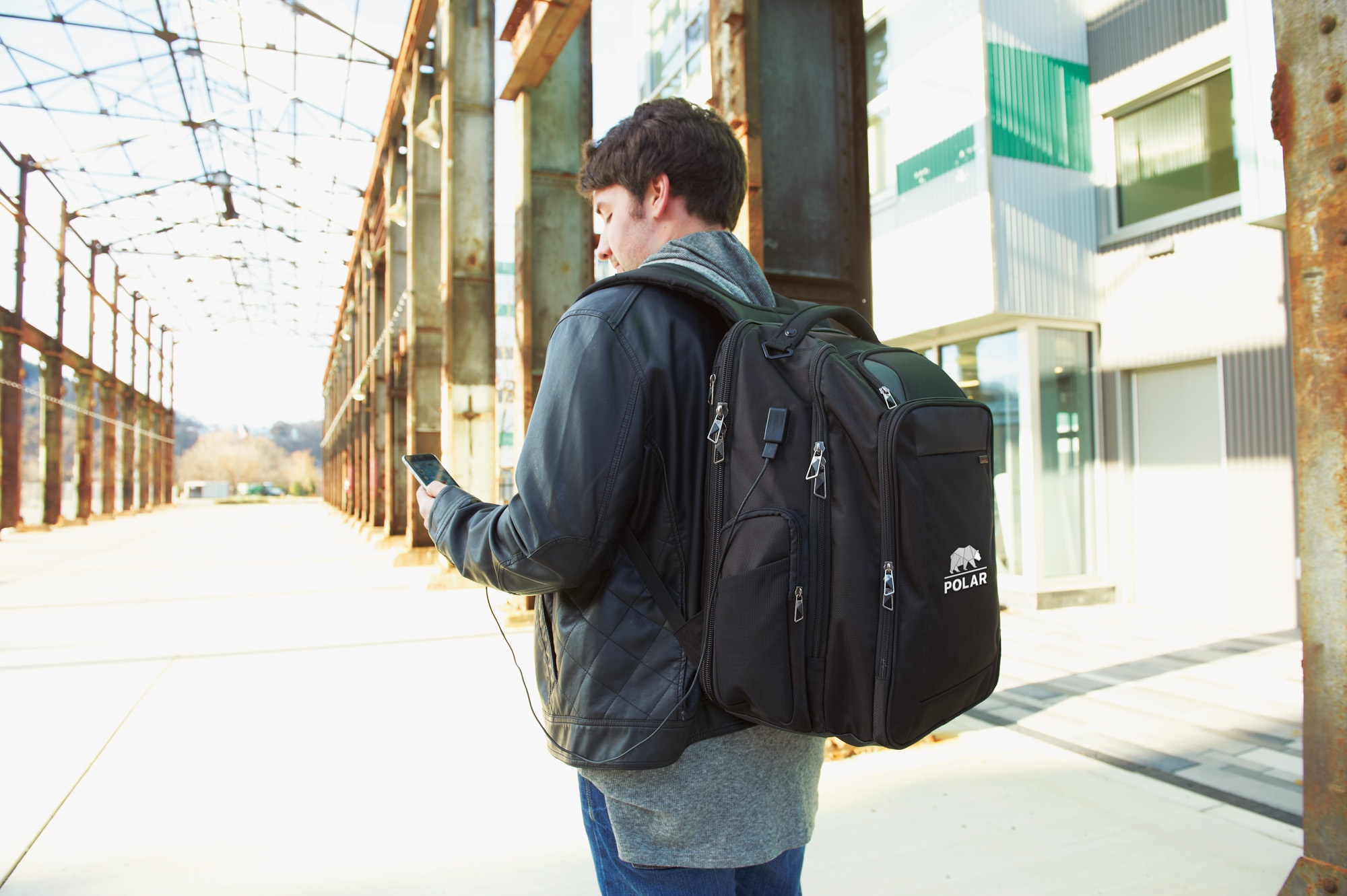 Backpack_Feature